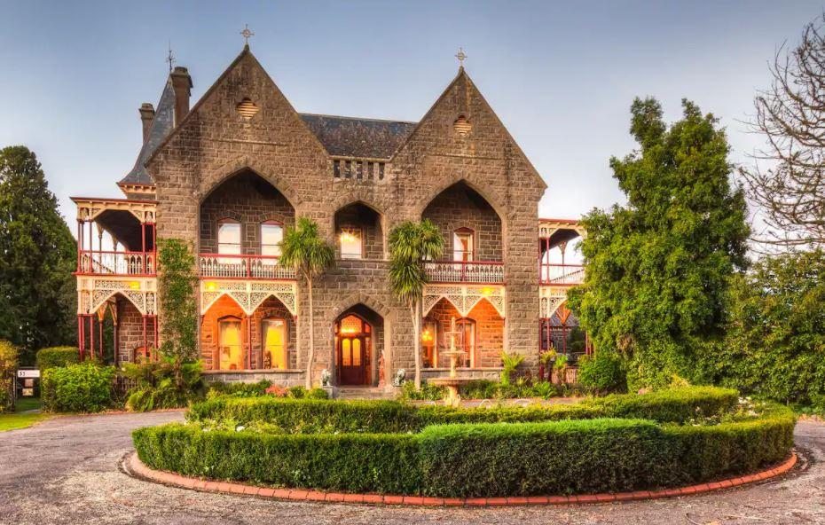 unique castle accommodation in victoria australia